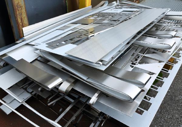 スクラップ発生(工場、建物解体、その他スクラップ)の3枚目の写真